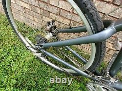 GIANT Cypress LX Hybrid Bike 19 in Frame 24 Speed (Rear Rack) -Disc Brake NICE