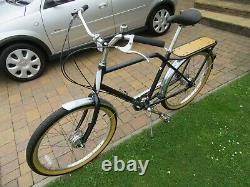 Hybrid Unisex Shopping Town bike Charge Steamer inc Basket and fixed rear rack