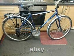 Raleigh Urban Pioneer series unisex Hybrid Bike -rear rack, mudguards